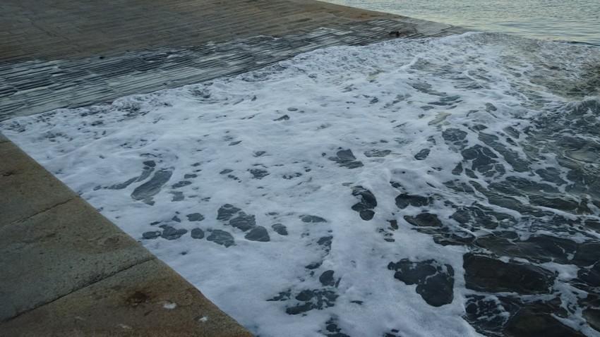 mer hause et grande marrée à Saint-Malo
