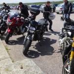 moto sur le parking du Cap Fréhel