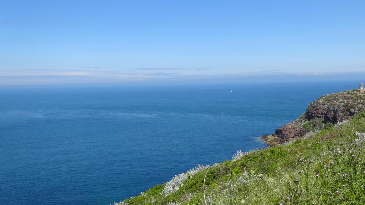 vue Cap Fréhel vers la mer