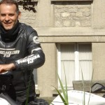 Jean-claude, motard Rennais heureux