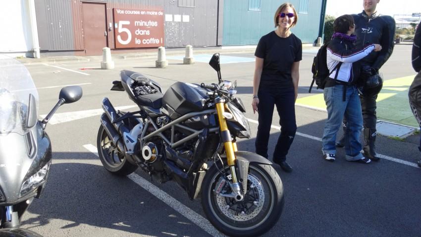 Ducati Streetfighter 1098 S noire mat de 2010 avec Termignoni
