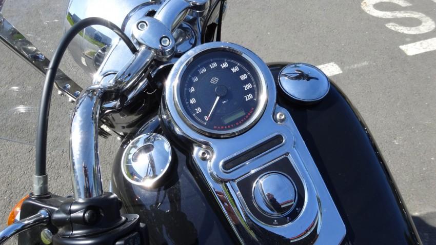 tableau de bord du Switchback Harley Davidson