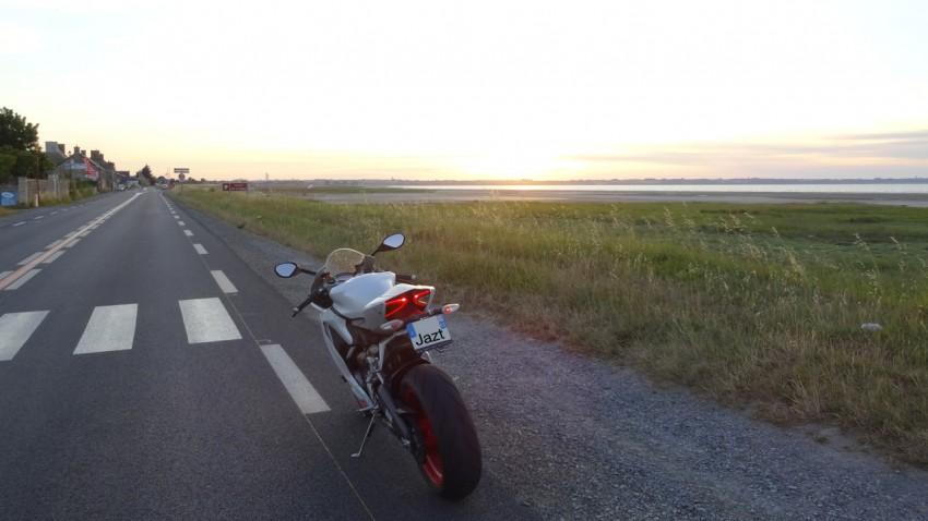 moto sportive pure et dure Italienne
