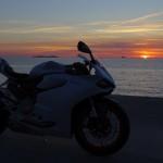 couché de soleil, motard à Saint-Malo