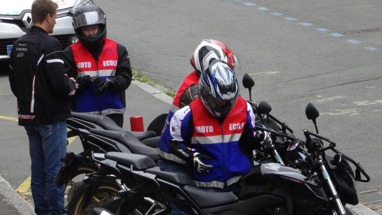 permis moto jeune conducteur