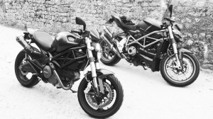 moto Ducati : Monster 696, Streetfighter 1098 S