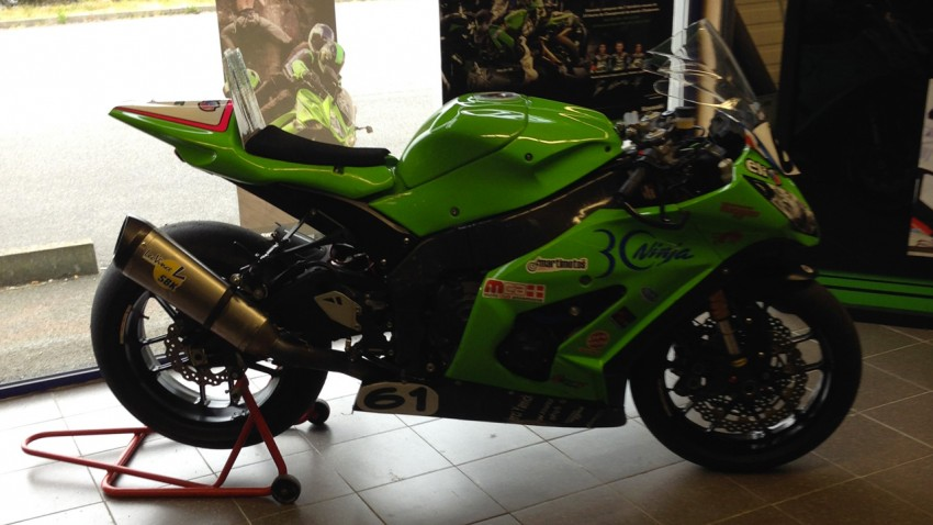 moto sportive au Tourist Trophy île de man de Fabrice Miguet