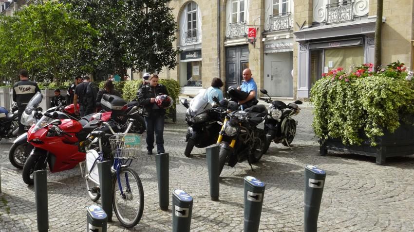 Motards Rennais à la mairie de Rennes