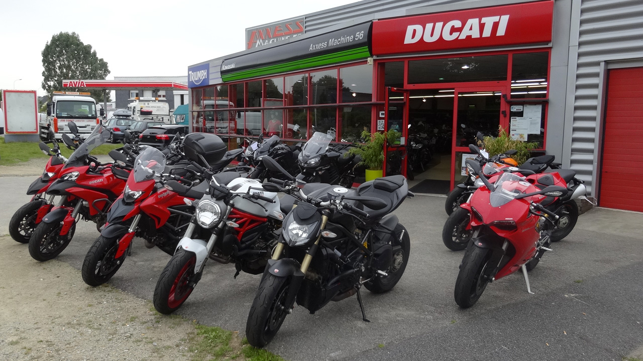 concession moto lanester ducati store lorient. Black Bedroom Furniture Sets. Home Design Ideas