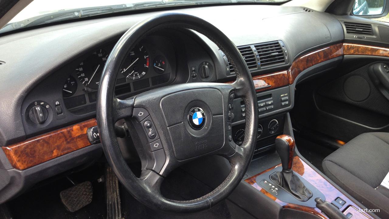 Intérieur BMW 520i