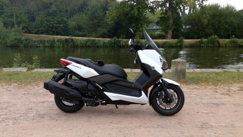 scooter pour aller en ville : xmax 400