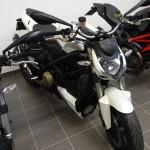 Ducati Streetfighter 1098 Blanc