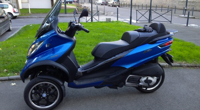 Scooter Piaggio MP3 300 Sport