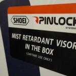 pinlock de série dans la boîte du Shoei GTAir