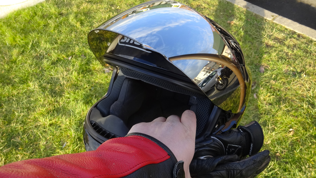 casque moto de David Jazt : Shoei GT Air