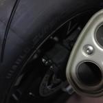 macro sur les pneus du S1000RR