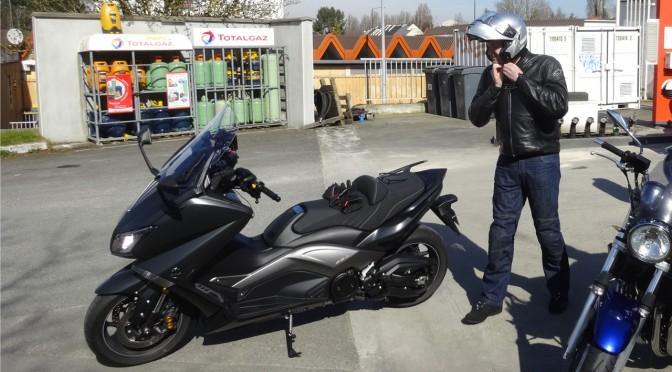 Laurent sur son Yamaha TMax Iron