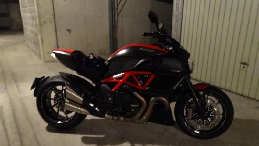 Ducati Diavel Carbon de David Jazt