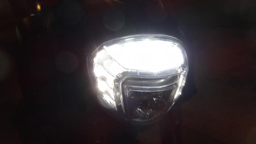 optique avant à LED sur le Diavel