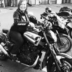 Mamzelle Laura de Rennes sur une Yamaha VMax 30ème anniversaire