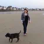 Laura et Tao sur la plage de Rochebonne à Saint-Malo