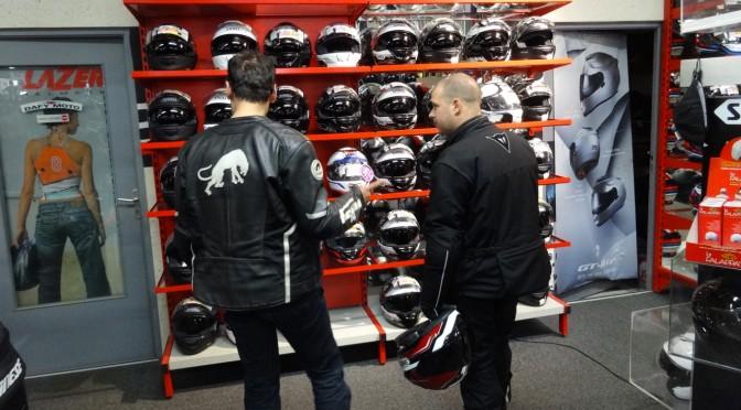casque de moto pour motard