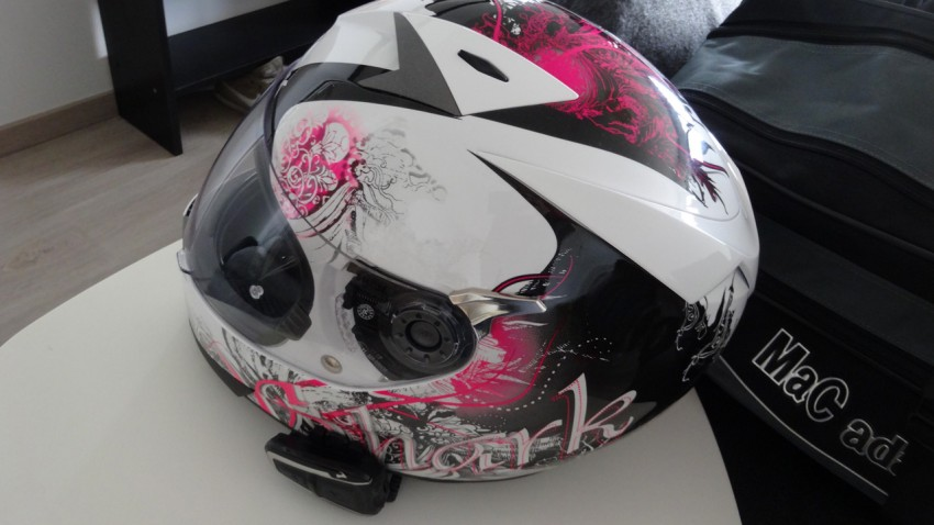 Scala rider sur casque moto de fille