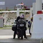 plein d'essence pour moto