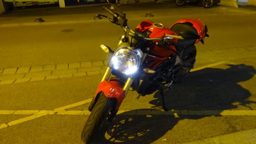 LED sur le Monster Ducati 821