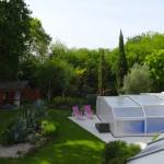 chambre d'hôtes avec piscine dans le jardin