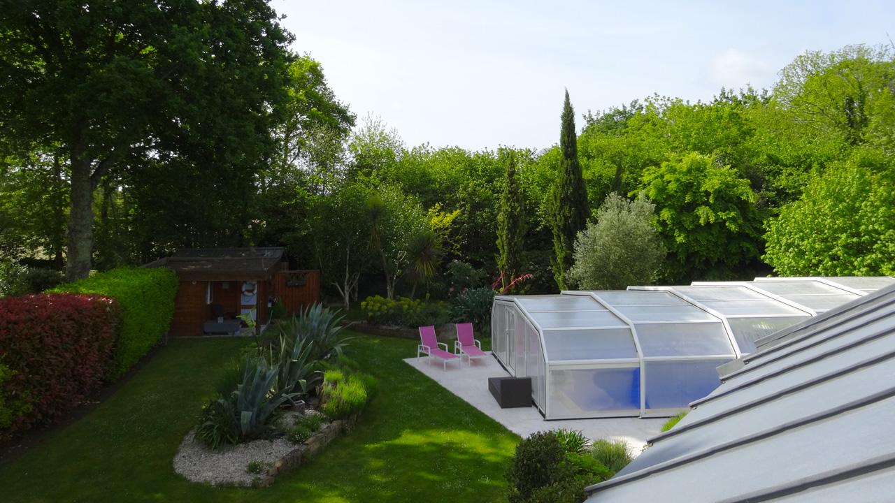 Chambre d 39 h tes avec piscine dans le jardin for Chambre d hote avec piscine