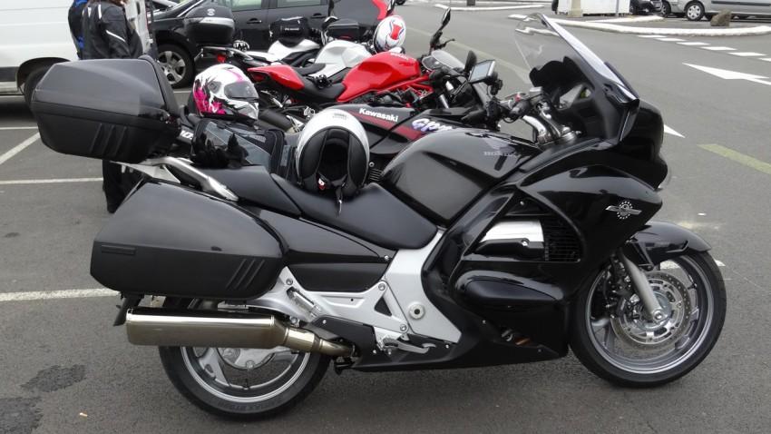 conseil d 39 achat moto routi re laquelle acheter. Black Bedroom Furniture Sets. Home Design Ideas