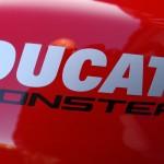 Ducati Monster 821 rouge 2015