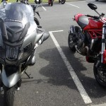comparatif R1200RT et Monster 1200 Ducati