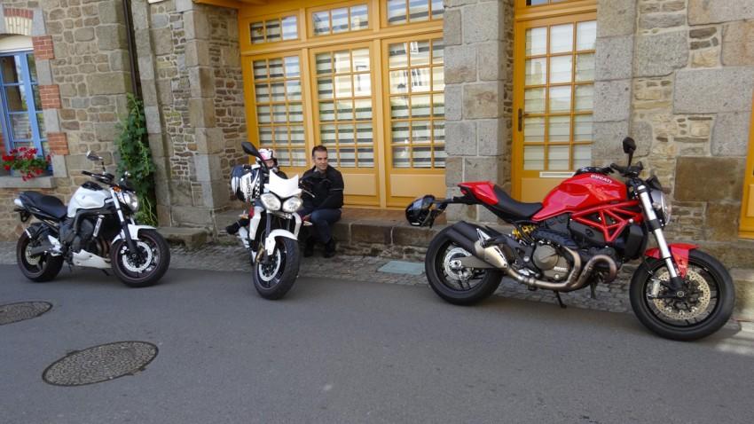 un peu d'ombre à moto
