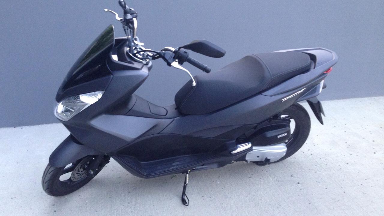 honda scooter pcx 125 gris mat