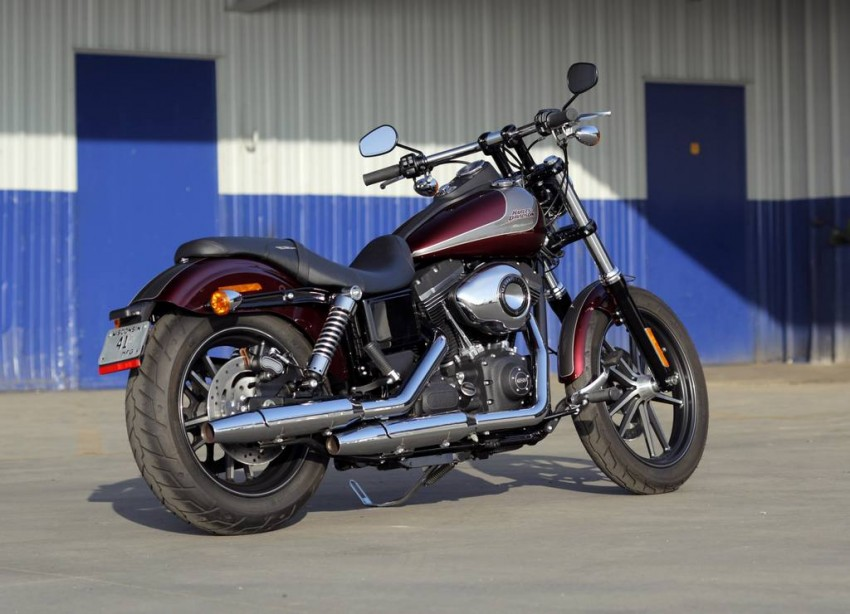2015 Harley Davidson Street Bob 2014 spécial édition