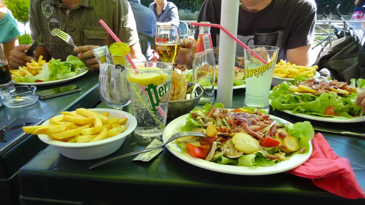 manger à Dinan pour les motards Rennais