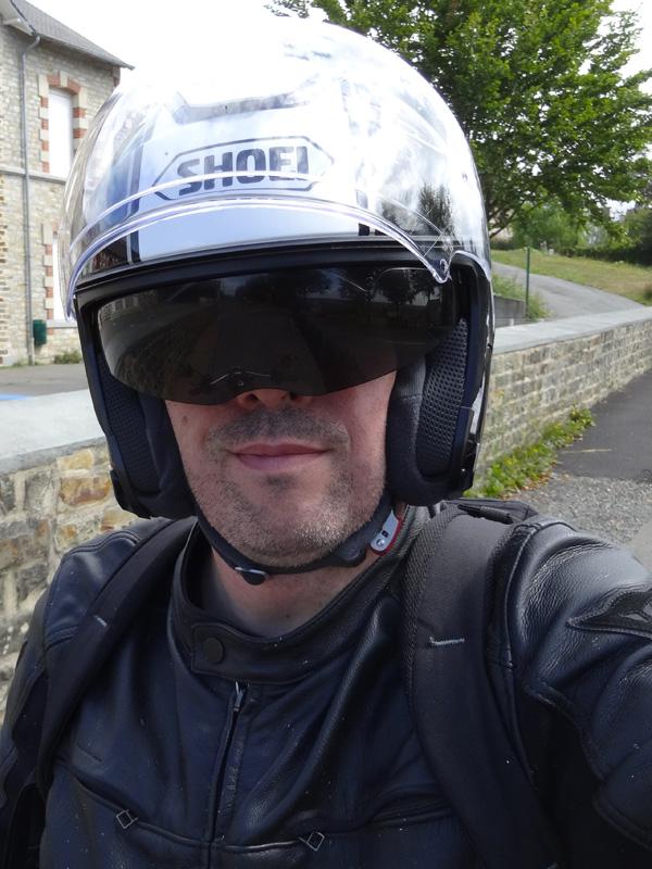 Shoei Gt Air >> Essai casque moto Jet : Shoei J-Cruise Corso Noir