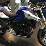 moto F800R