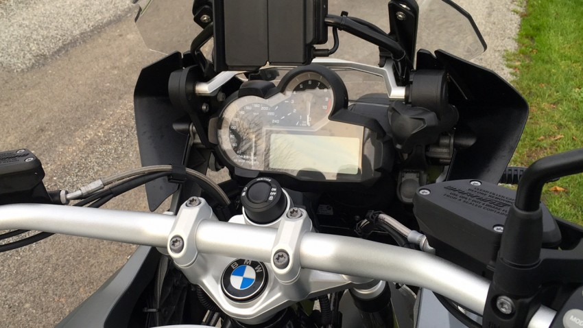 essai moto bmw r 1200 gs une cross de route pour la ville. Black Bedroom Furniture Sets. Home Design Ideas
