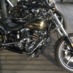 Moto custom Harley Davidson Breakout 2015