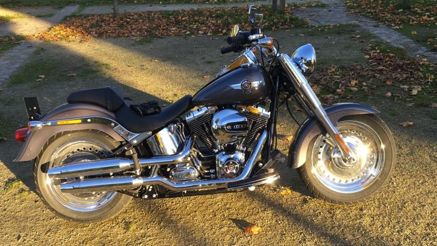 Gros confort, grosse gueule sur cette Harley Davidson