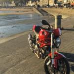 Ducati à Cancale, pause motarde