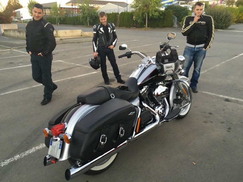 motards Rennais autour du Roadking