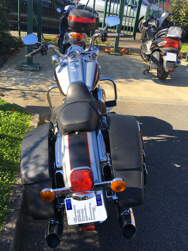 Moto confortable : Roadking Harley Davidson