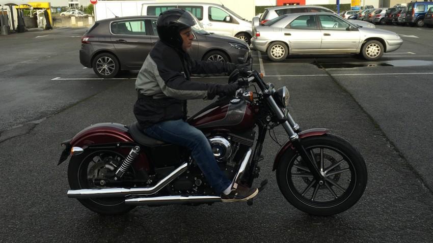 Bruno sur son Streetbob Harley Davidson