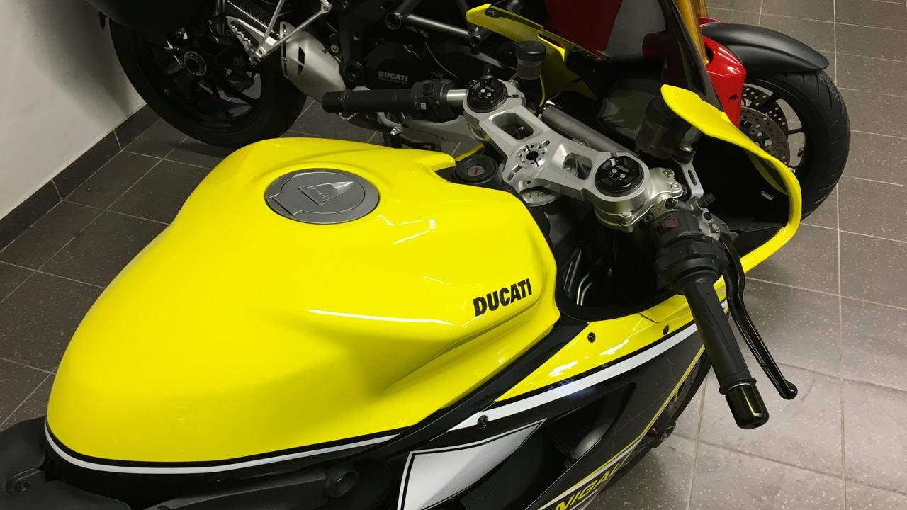 Ducati 899 jaune