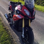 moto bmw S1000XR rouge