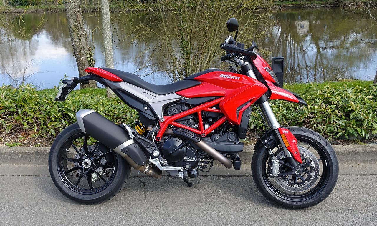 Ducati Hypermotard 939 chez City Bike Laval